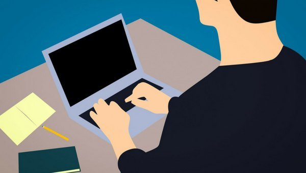 Escribir en Internet, ¿coto vedado al intrusismo?_Lladó Comunicación