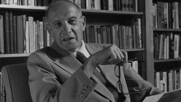 Post it! Cita de Peter Drucker, padre del 'management'