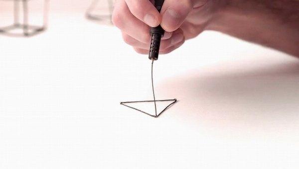 El 'boli' para dibujar en 3D en el aire y selección de 'stylus' para pantallas digitales y papel_Lladó Comunicación